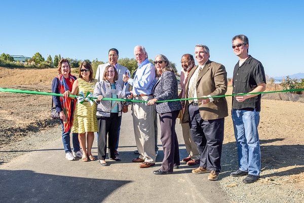 Hercules Bay Trail Ribbon Cutting