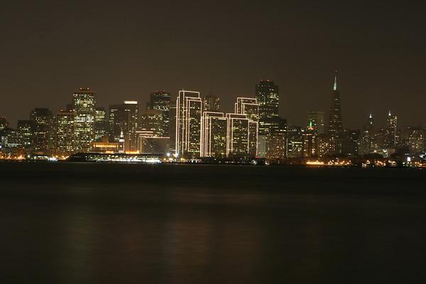 San Francisco Bay Front from Treasure Island a foggy evening...<br><hr> Le front de mer de San Francisco, vu de Treasure Island un soir de brume...