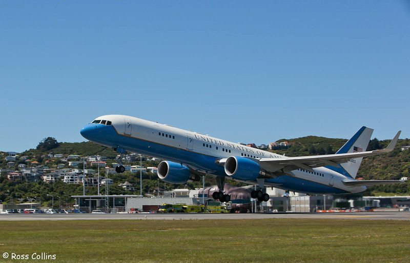 Hillary Clinton departs Wellington for Christchurch and Melbourne, 5 November 2010