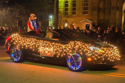 Hillsdale Christmas Lights Parade 2017