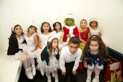 Paramount Iceland Christmas Show 2012 - Photographer Phillip Hendren