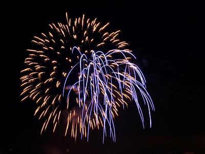 Fireworks_9915 (100223456)
