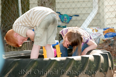 039 Michigan May 2009 - Sandbox Play (Lilly & Miles)