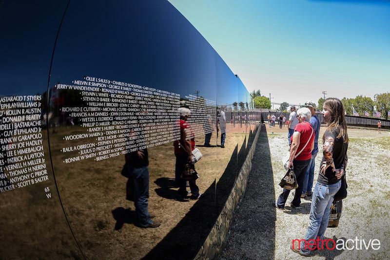 Traveling Vietnam War Memorial Wall
