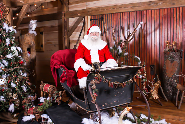 Hollow Hill Santa 2015