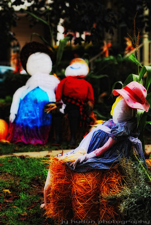 """The folks are hanging out around town, gathering for the big reunion. You can visit the <a href=""""http://ifocus.smugmug.com/gallery/6118770_n6YQy//384753378_hdrQC""""> Scarecrow gallery </a> often, I will keep adding to it in the next few days."""