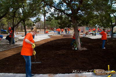 HD - Celebration of Service Project - 2011-10-06 - IMG# 10- 012726