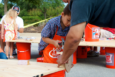 Home Depot Event 9-4-10 - IMG# 2023
