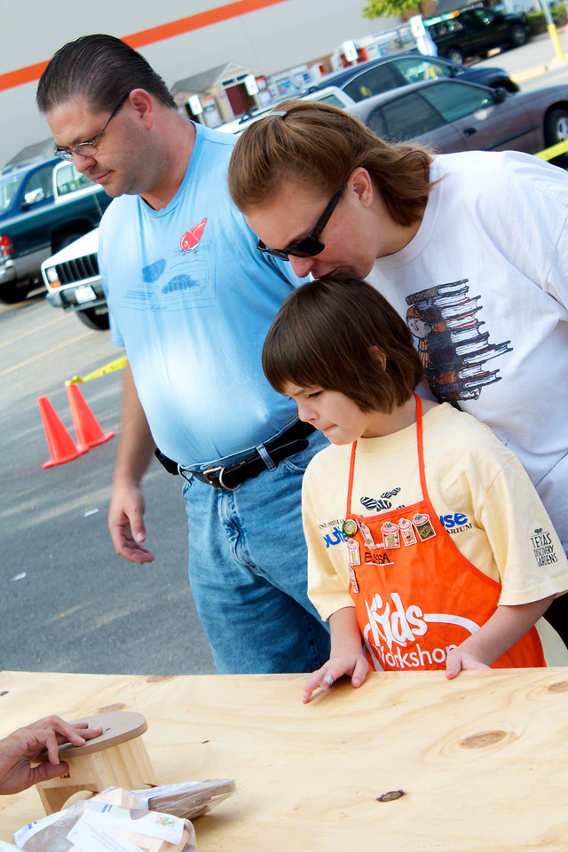 Home Depot Event 9-4-10 - IMG# 2014