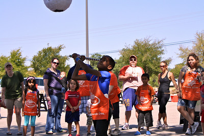 Home Depot Event 9-4-10 - IMG# 2047