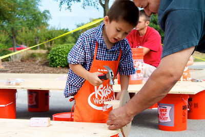 Home Depot Event 9-4-10 - IMG# 2024