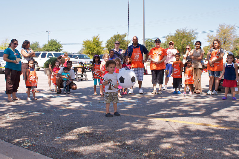 Home Depot Event 9-4-10 - IMG# 2041