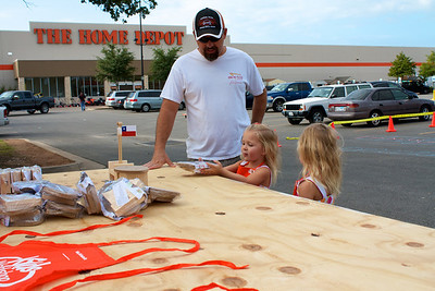 Home Depot Event 9-4-10 - IMG# 2020