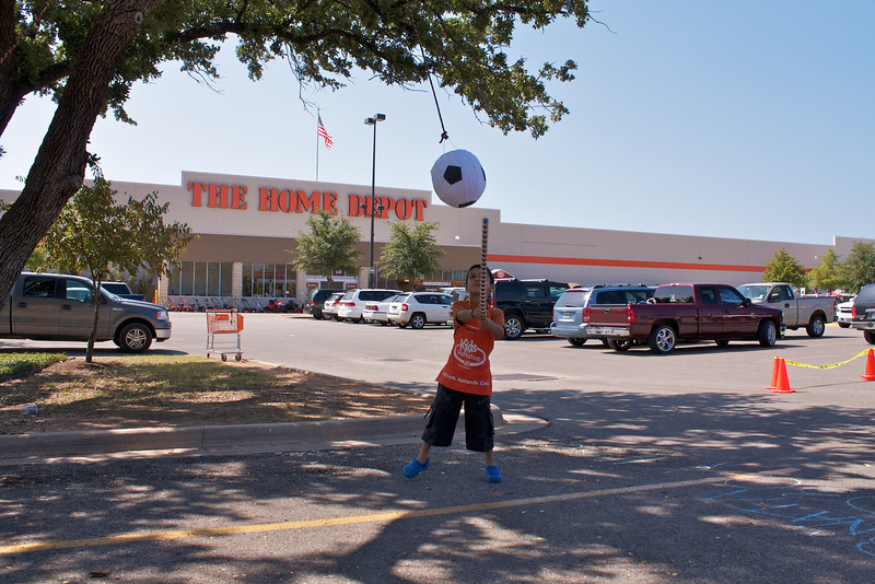 Home Depot Event 9-4-10 - IMG# 2032
