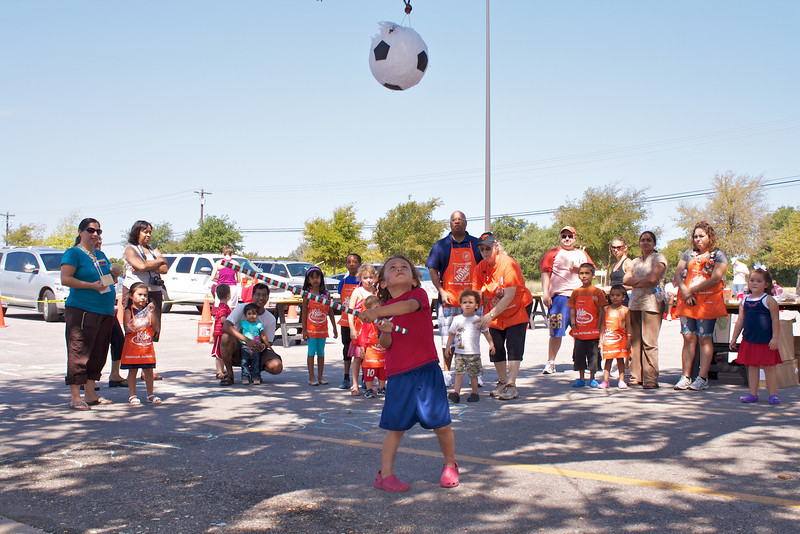 Home Depot Event 9-4-10 - IMG# 2040