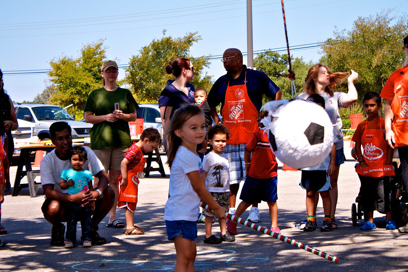 Home Depot Event 9-4-10 - IMG# 2052