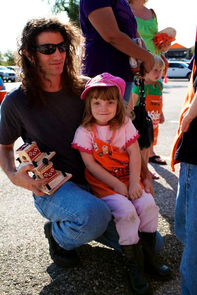 Kids Workshop at Home Depot - 2010-10-02 - IMG# 10-005331