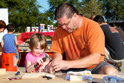 Kids Workshop at Home Depot - 2010-10-02 - IMG# 10-005239