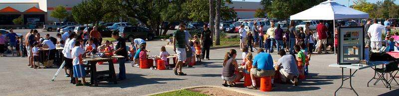 Kids Workshop at Home Depot - 2010-10-02 - IMG# 10-005320