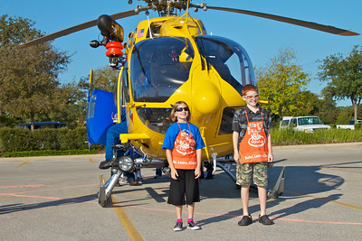 Kids Workshop at Home Depot - 2010-10-02 - IMG# 10-005248