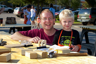 Kids Workshop at Home Depot - 2010-10-02 - IMG# 10-005266