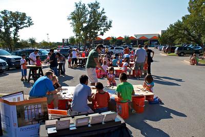 Kids Workshop at Home Depot - 2010-10-02 - IMG# 10-005318