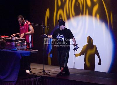 2007_homecoming_break_performance_0357