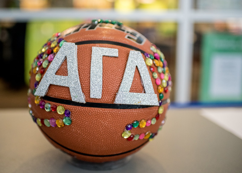 020216_HomecomingBasketballs-2