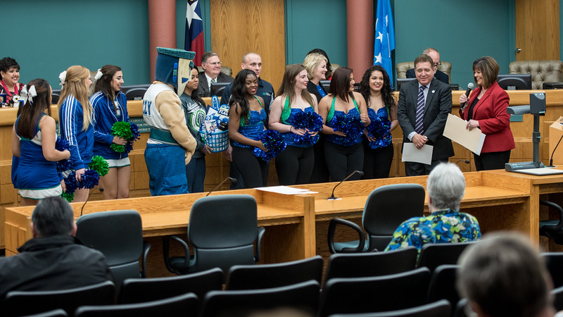 021417_HomecomingProclamation-2720