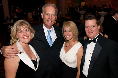 Katie Shumate, Joe and Lee Ann Price and Greg Schumate at The Cincinnati Hilton Netherland Plaza for the Hometown Hollywood Oscar party