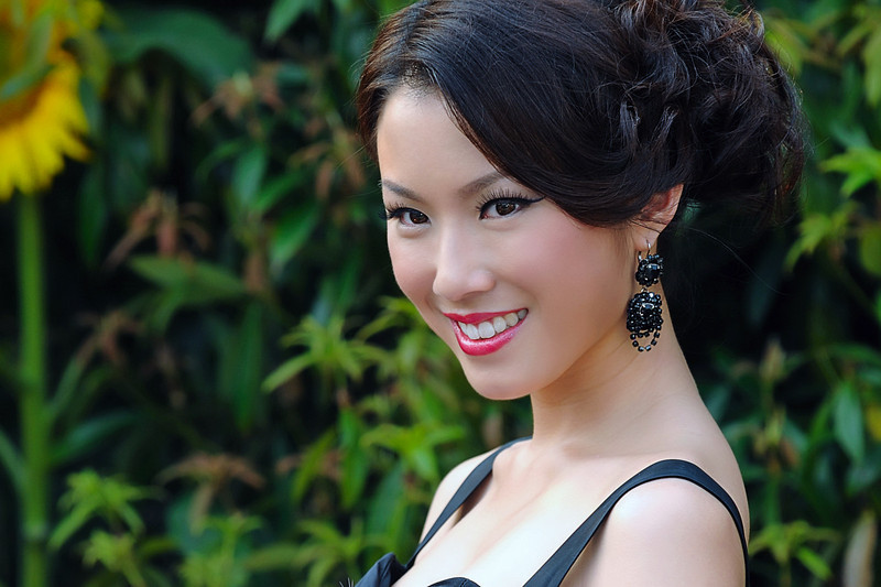 Sandy Lau 劉倩婷 - Ms Hong Kong 2009