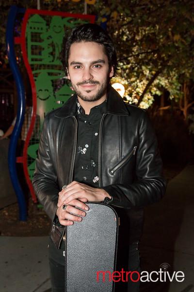 Singer / Songwriter Joey Pisacane