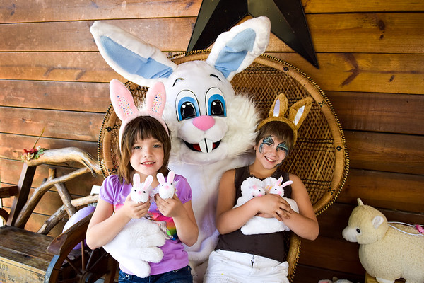 Horsepower Ranch Easter Bunny Portraits