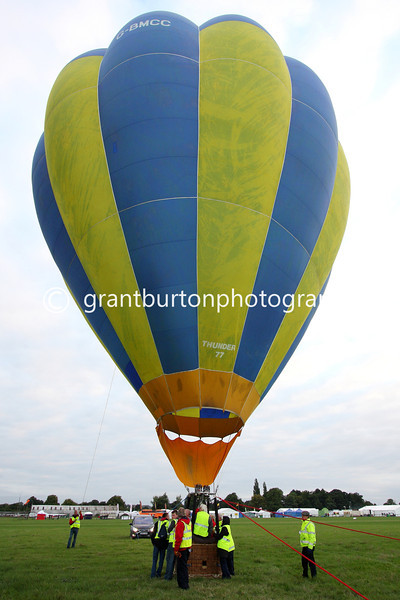 Headcorn Balloon Event 2013 007