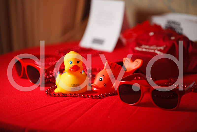 2010Dec02-redparty_MG_3079