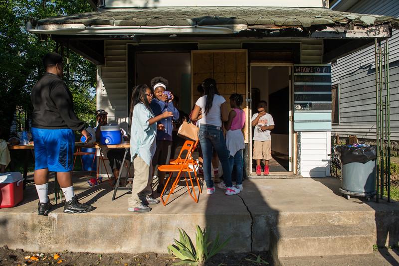 Porch Party 051617-112