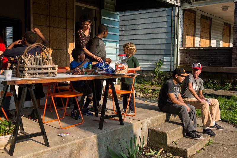 Porch Party 050917-104