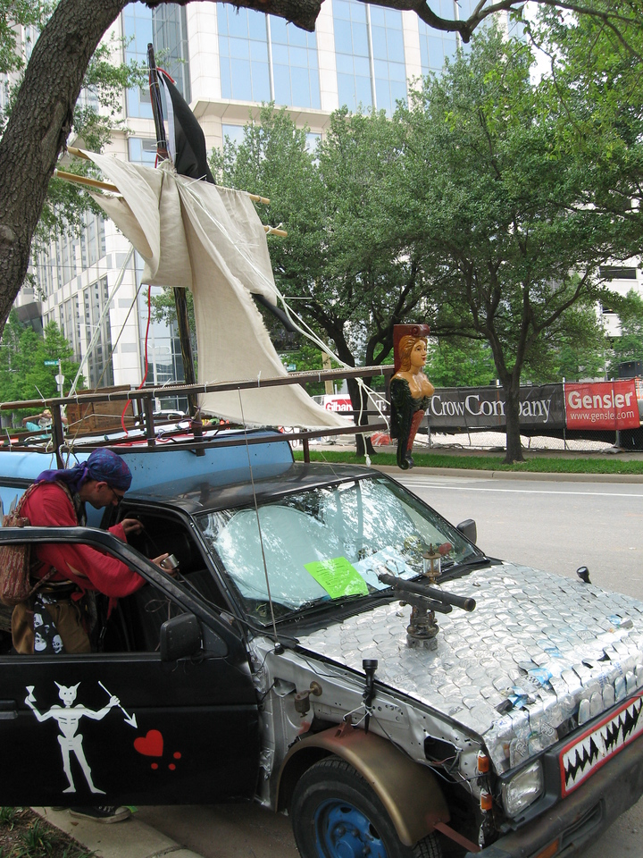 Pirate ship car
