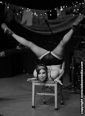 Hubba Hubba Revue with Baxtalo Drom