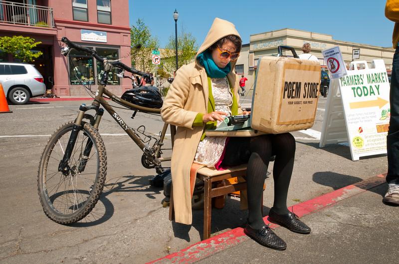 Organic poetry at Arcata Farmers Market, May 5, 2012. [Farmers Market 2012-05 001 Arcata-CA-USA]
