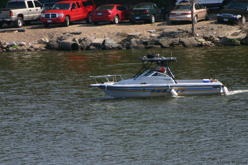 Sheriff's boat was patrolling the area between the locks/dams