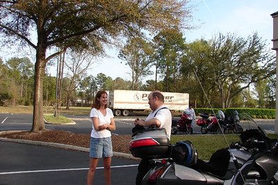 3/9 - Rebecca Vaughn and Steve Broadhead chatting in the parking lot shortly after our arrival from Savannah.