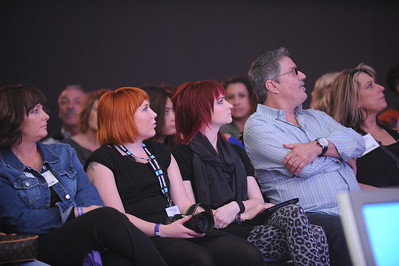 Watching the Arrojo stage presentation