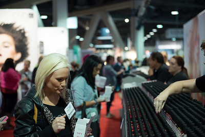 Attendees at ISSE Long Beach 2013 shop for the latest in nail products.