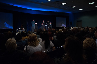 Nick Arrojo and team at ISSE Long Beach teaching their signature cutting and styling class.