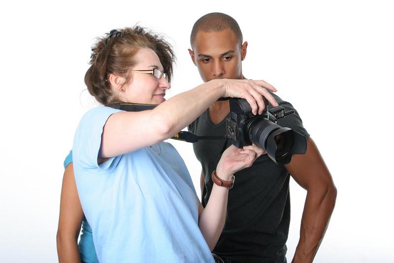 #5405: Nancy (SochAnam) reviewing shots with models Ken and Sieva