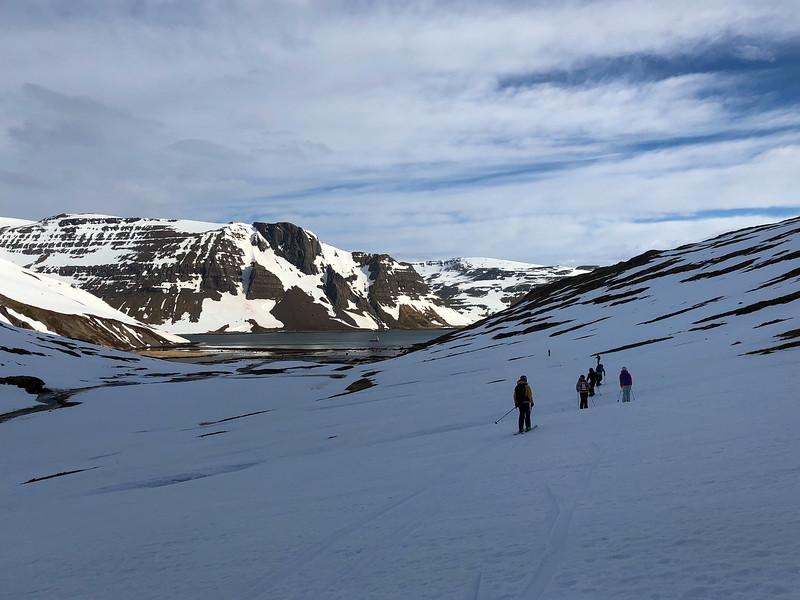 Skiing back
