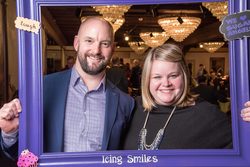 Icing Smiles Buttcream Ball 2019