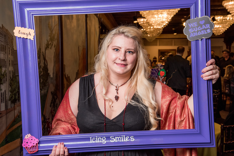 Icing Smiles Buttcream Ball 2019