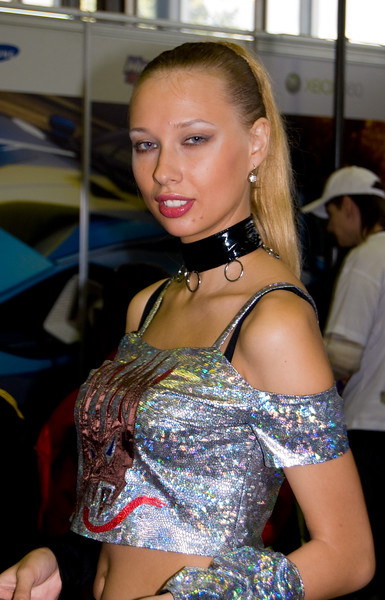 """Pure"" girl on Igromir 2008"
